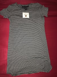 black and white striped crew-neck t-shirt Stockton, 95219