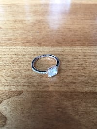 Great condition ring ! Size 7  Toronto, M5S