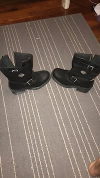 Women's Harley boots size 9 very good condition- text me at ( [TELEFON NUMARASI GİZLENMİŞTİR]  if interested  Waynesville, 45068