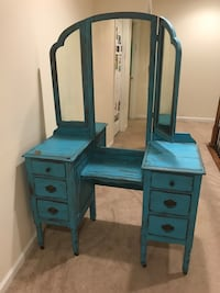 Shabby Chic Antique Vanity