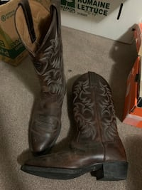 Reduced! Ariat Mens Heritage Western Cowboy Boots US 8.5 Burnaby, V5J 3H2