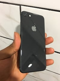 (PRICE IS FIRM) CARRIER UNLOCKED IPHONE 8 64GB