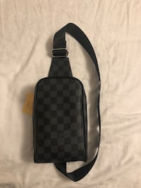 Louis Vuitton Side Bag Vaughan, L4L 1S2