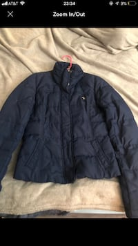 Hollister puffer coat size medium  Henderson, 89015