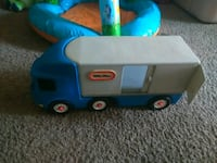 Blue and grey semi little times toy 520 mi