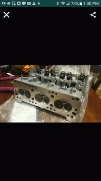 Set of 2 cylinder heads for car  Perris, 92571