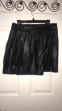 Faux leather skirt forever 21 size M worn once  Oakville, L6H 3S7