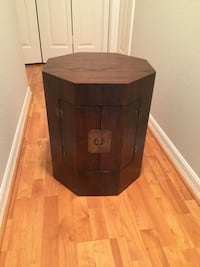 Very cool wood end table with storage - very light!! Auburndale, 33823