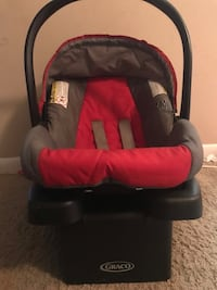 baby's black and red car seat carrier Gaithersburg, 20878