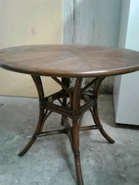 wicker round table with glass top