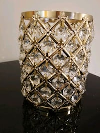 crystal and gold centrepiece Brampton, L7A 4L2