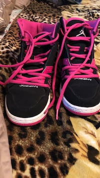 Pink and black Jordans girls size 4 Eugene, 97408