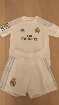Real Madrid original str 4-5 år Vollen, 1390