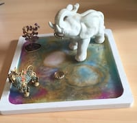 Resin Art|Jewlery Holder|Wall Art|Bedroom decor|Square|Odds and Ends| Plate| Knick Knacks Mc Lean