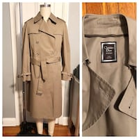 Men's Christian Dior vintage trench coat paid $1,800.  Size 42 regular (large size) excellent condition Washington, 20002