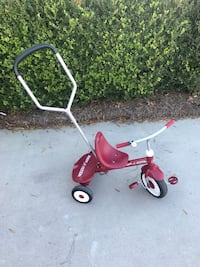 red and black Radio Flyer trike