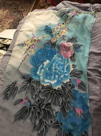 blue black and gray floral textile Fairfax, 22032