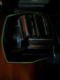 200+ used  Liquidation sale music cds and dvds