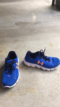 (new) under armour gym shoes Carlisle, 01741
