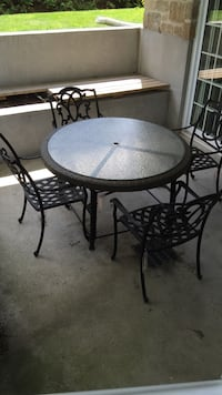 Patio set Lachenaie, J6W 5W5