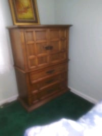 Dresser set Capitol Heights, 20743