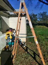 8 ft wooden ladder Charlotte, 28216