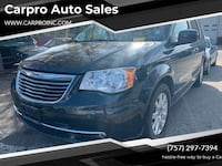 Chrysler-Town and Country-2014 Chesapeake