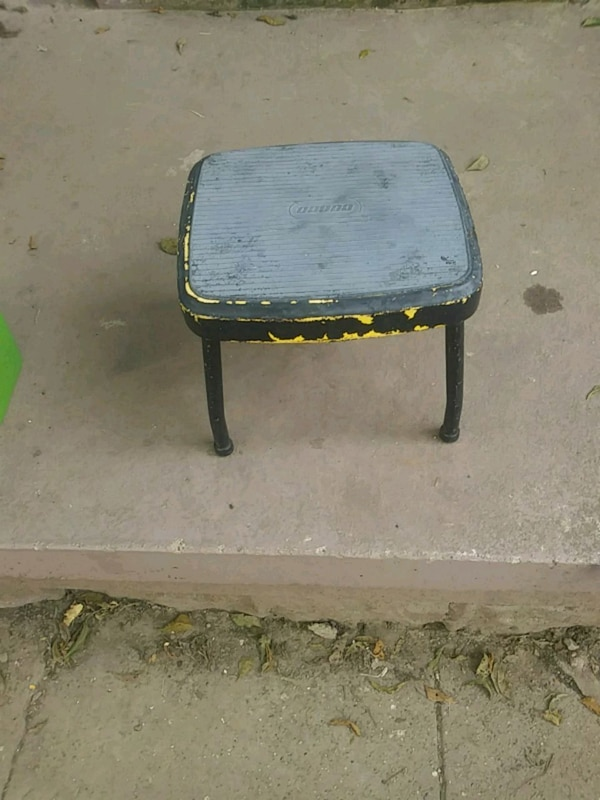 Pleasing Cosco Metal Step Stool Pabps2019 Chair Design Images Pabps2019Com