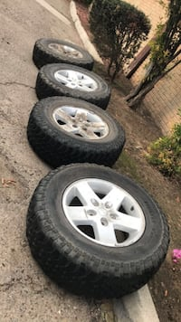 """Jeep Tires 32"""" set of 5"""