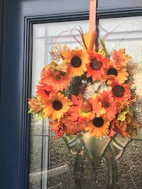 Fall wreaths and centrepieces Barrie, L4N