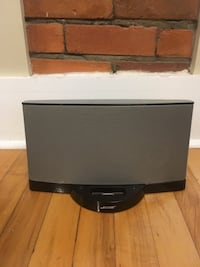 BOSE Speaker for iPod & iPhone 4 and earlier Calgary, T2M 2R8