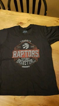 Youth size large Raptors tshirt  Barrie, L4M 2A7