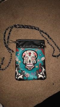 'Cowgirl Trendy' small sugarskull cross body bag Medford, 97504