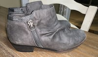 Womens Rampage Booties Size 8