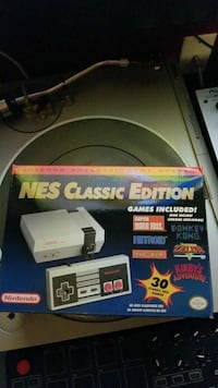 NES classic Barely Used with receipt OBO Newmarket, L3X 1P3