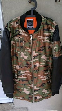 Imperious Hunting Jacket - new - Man's XL Mississauga, L5G 1C3