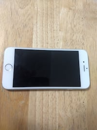 iPhone 6 /silver/GOOD CONDITION ! UNLOCKED !!!