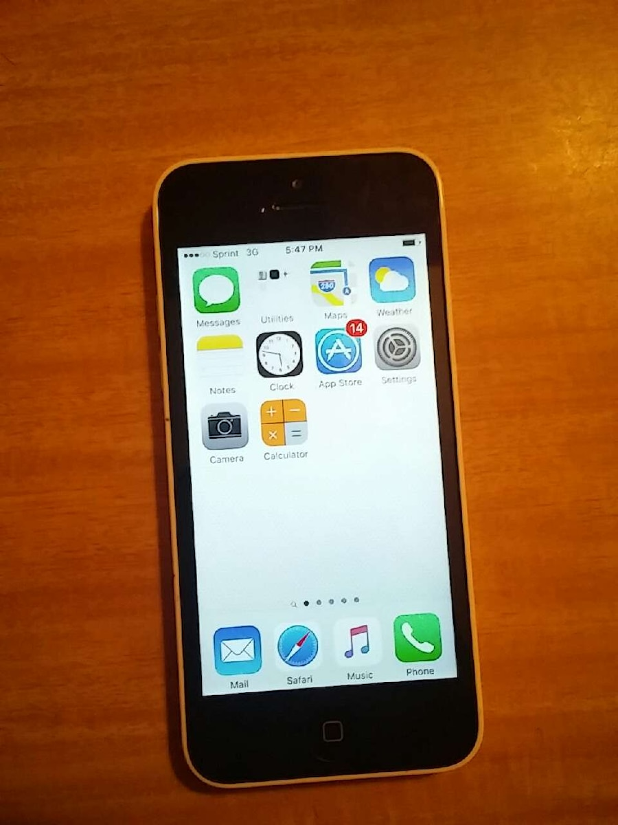 where are photos stored on iphone letgo sprint white iphone 5c in west reading pa 19611