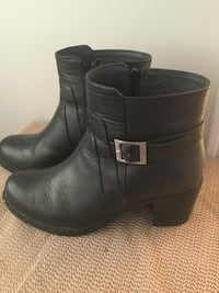 This is real leather  London, N5Z 0A5