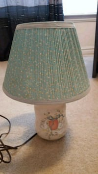 white and green floral table lamp Virginia Beach, 23456