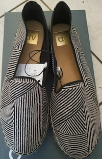 Comfortable new  black flats size 7.5 Apple Valley, 55124