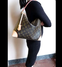 Louis Vuitton Berri Pm Handbag
