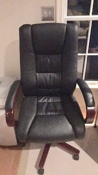 Large office chair - black leather