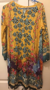yellow and blue floral blouse Manassas, 20111