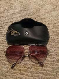 Ray Ban sunglasses with case  Edmonton, T5N 2Z9
