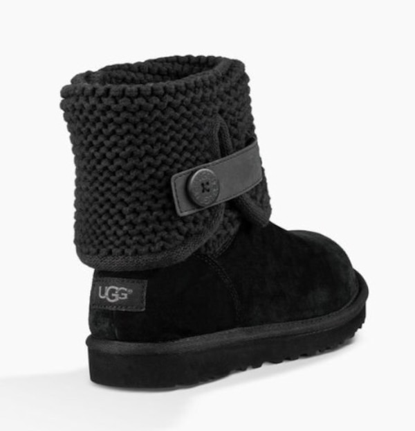 99350018df4 Women's Black Shaina UGG boots Suede and knit *rare style* comes in box  size 7