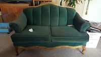 Loveseat for a good project. Only cash no tricks, serious people. Widefield, 80911
