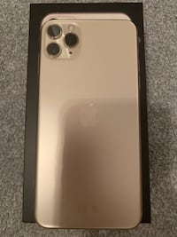 iPhone 11 Pro Max Gold Color Oslo