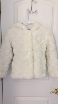 White button-up Fur jacket girls size 8  Lawton, 49065