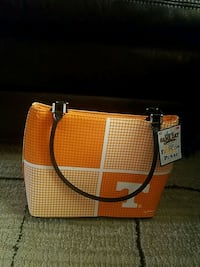 UT Vols purse with tags Cookeville, 38506